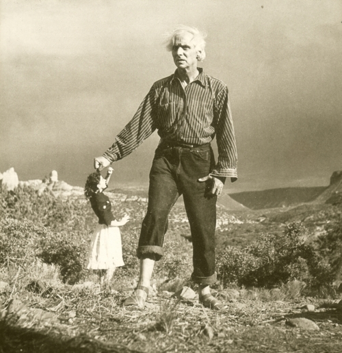 MAX ERNST AND DOROTHEA TANNING AT SEDONA, ARIZONA - TAKEN BY LEE MILLER, 1946
